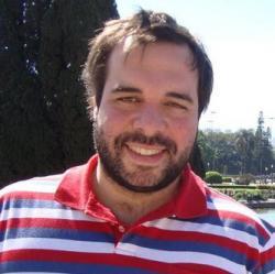 Romulo Tesi