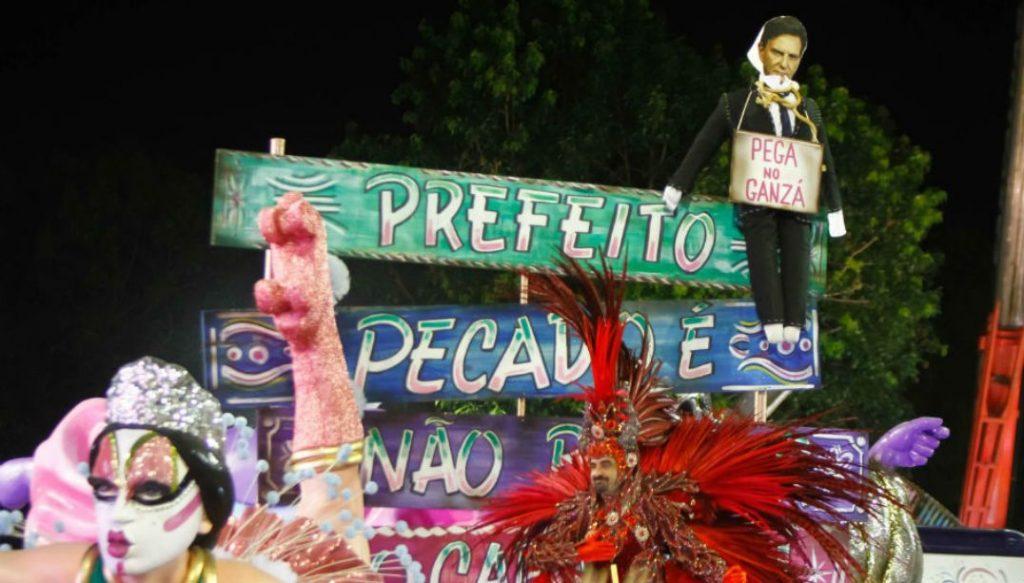 Rio: Impasse sobre verba expõe desencontro entre prefeitura e escolas; presidente detona Crivella: 'quer acabar com o Carnaval, é fanatismo' 2